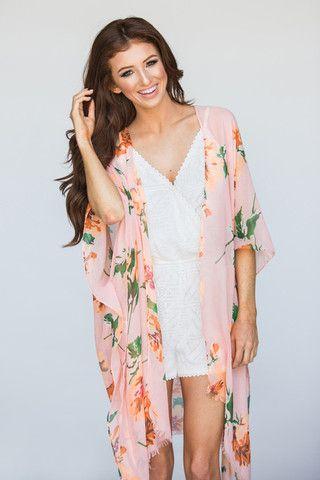 8ea4ae95d1 Irene Peach Floral Kimono | Style in 2019 | Kimono fashion, Floral ...