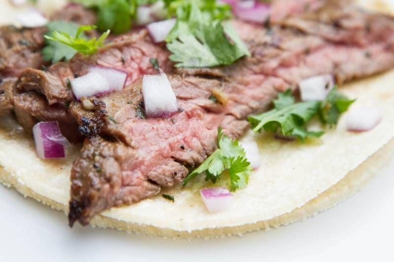 Carne Asada Tacos: How to Grill Skirt Steak #asadatacos Carne asada tacos #asadatacos Carne Asada Tacos: How to Grill Skirt Steak #asadatacos Carne asada tacos #asadatacos
