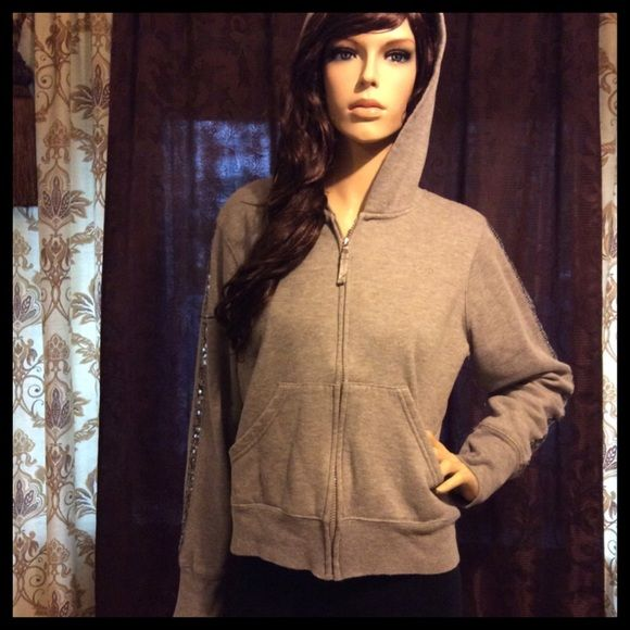 Heather Gray Cozy Zip Up Sequin Hoodie  Photos are taken in the best possible lighting available to me. Although color may be lighter than pictured. I work hard on these listings to give you an idea of what this garment will look like when worn and styled. Most everything is gently used in pre-owned condition, at the bottom of each listing will be a few notes about the individual item. Ask me any questions! *So cozy and comfy. Perfect everyday style hoodie. JR size XL. Tiny mark on one…