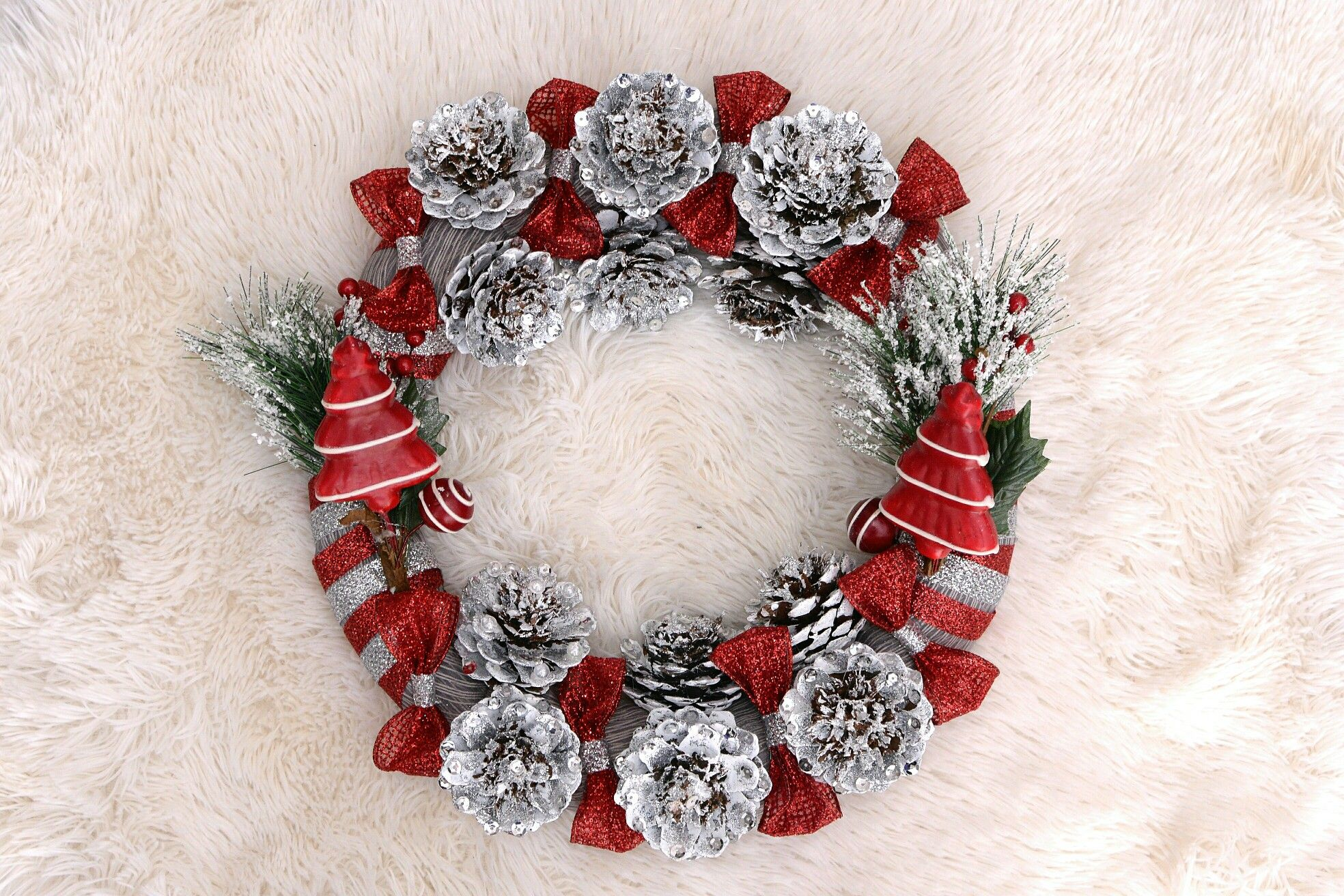 Diy christmas wreaths handmade christmas decoration pinterest