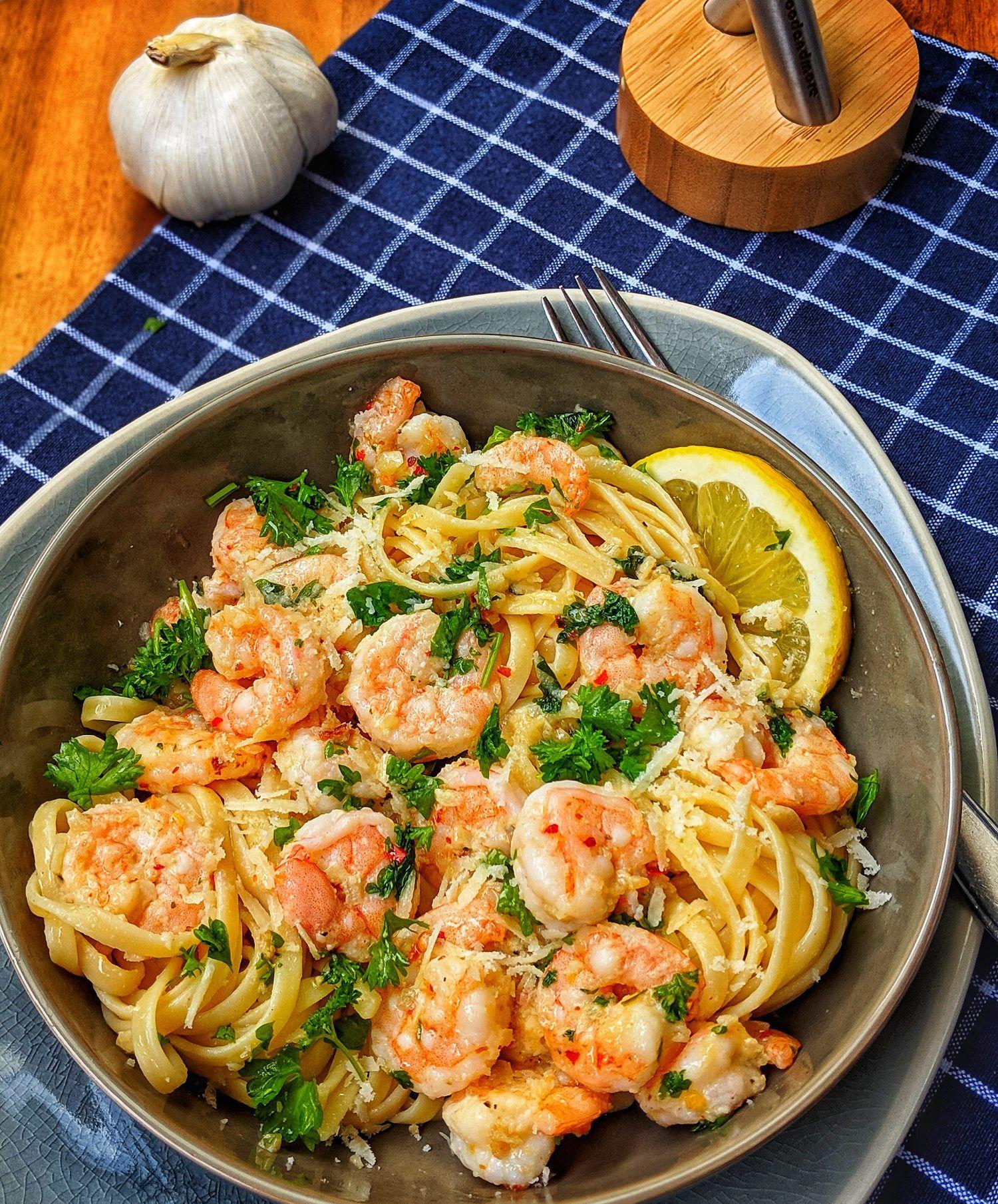 Photo of Garlic butter shrimp pasta