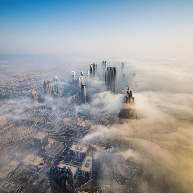 The famous Dubai fog that graced us with it's presence on our sunrise shoot at the @burjkhalifa observation deck. Favourite sunrise yet :) watch it in motion via the link in my bio! Also make sure to check out @resourcetravel's write up of the video and trip! #MyDubai | @mydubai