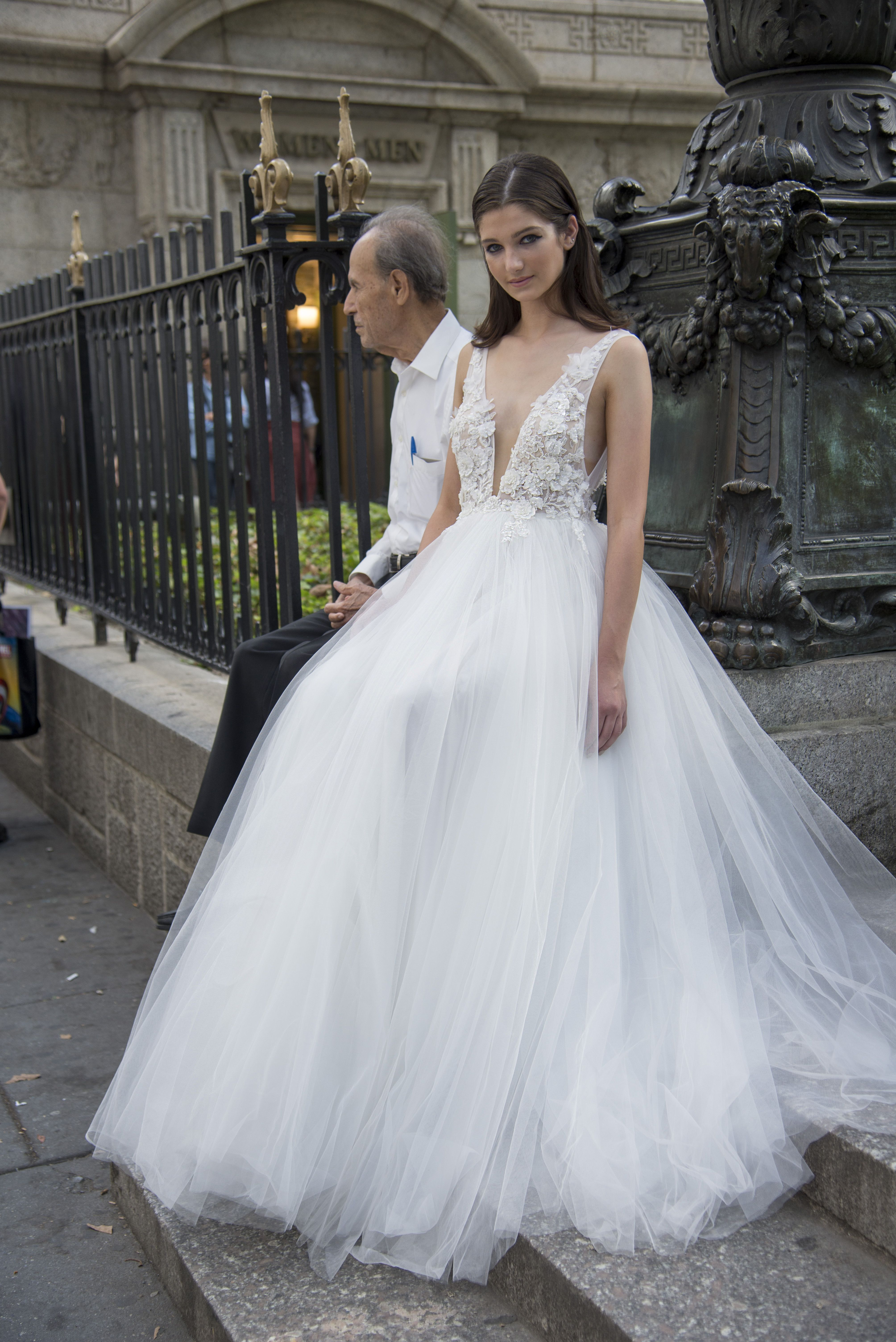 wedding floral trends lavish by yaniv persy bohemian