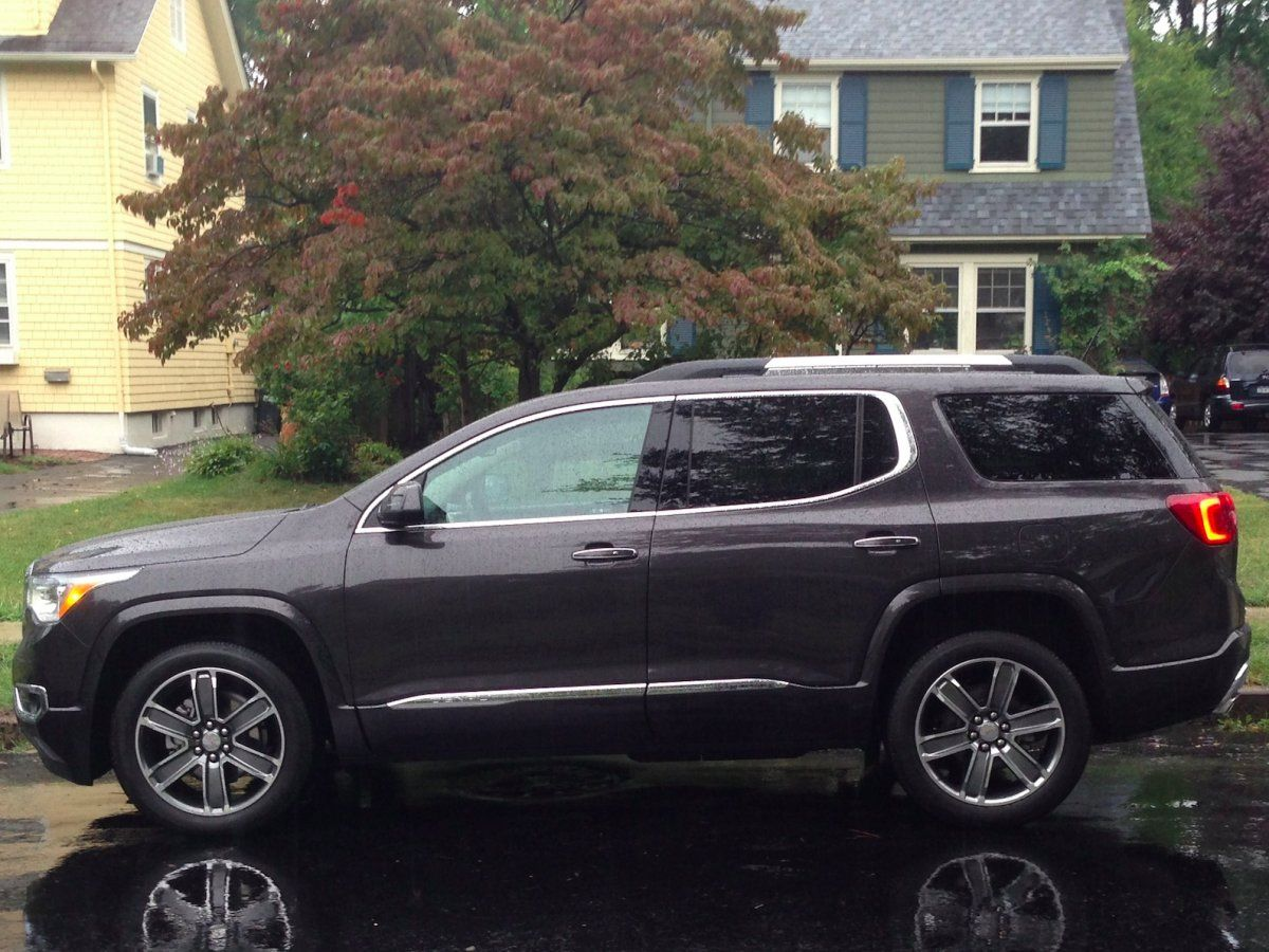 The Gmc Acadia Denali Is One Of The Best Luxury Suvs Even Though It S Technically Not One Luxury Suv Acadia Acadia Denali