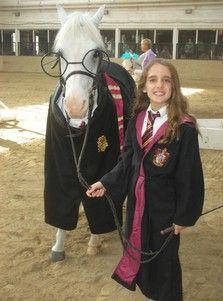 She S Not A Harry Potter Fan Yet But What A Great Costume