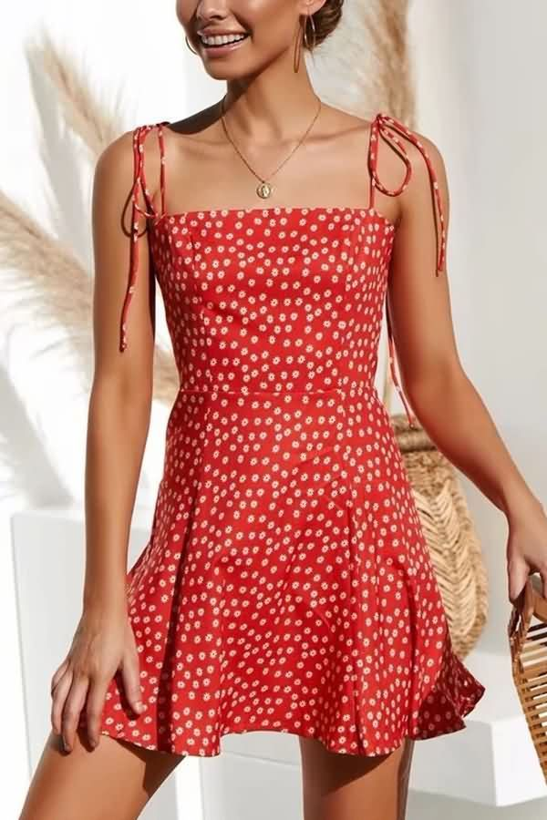 Photo of Women Red Floral Print Spaghetti Straps Tied Back Shirred Sexy Dress – S
