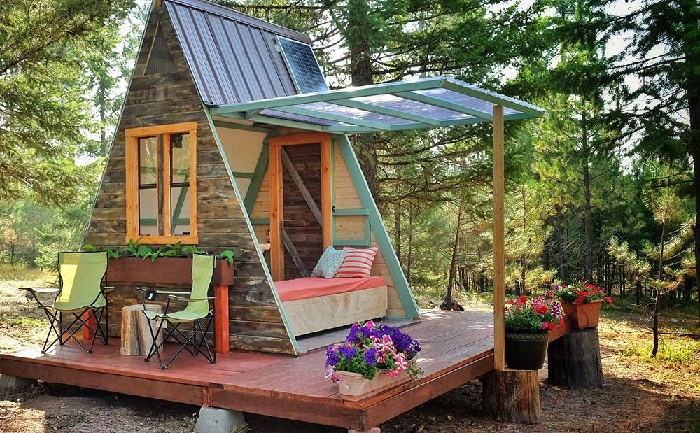 Astonishing 20 Tiny Houses Under 10 000 That Show Us Why Living Off The Home Interior And Landscaping Oversignezvosmurscom