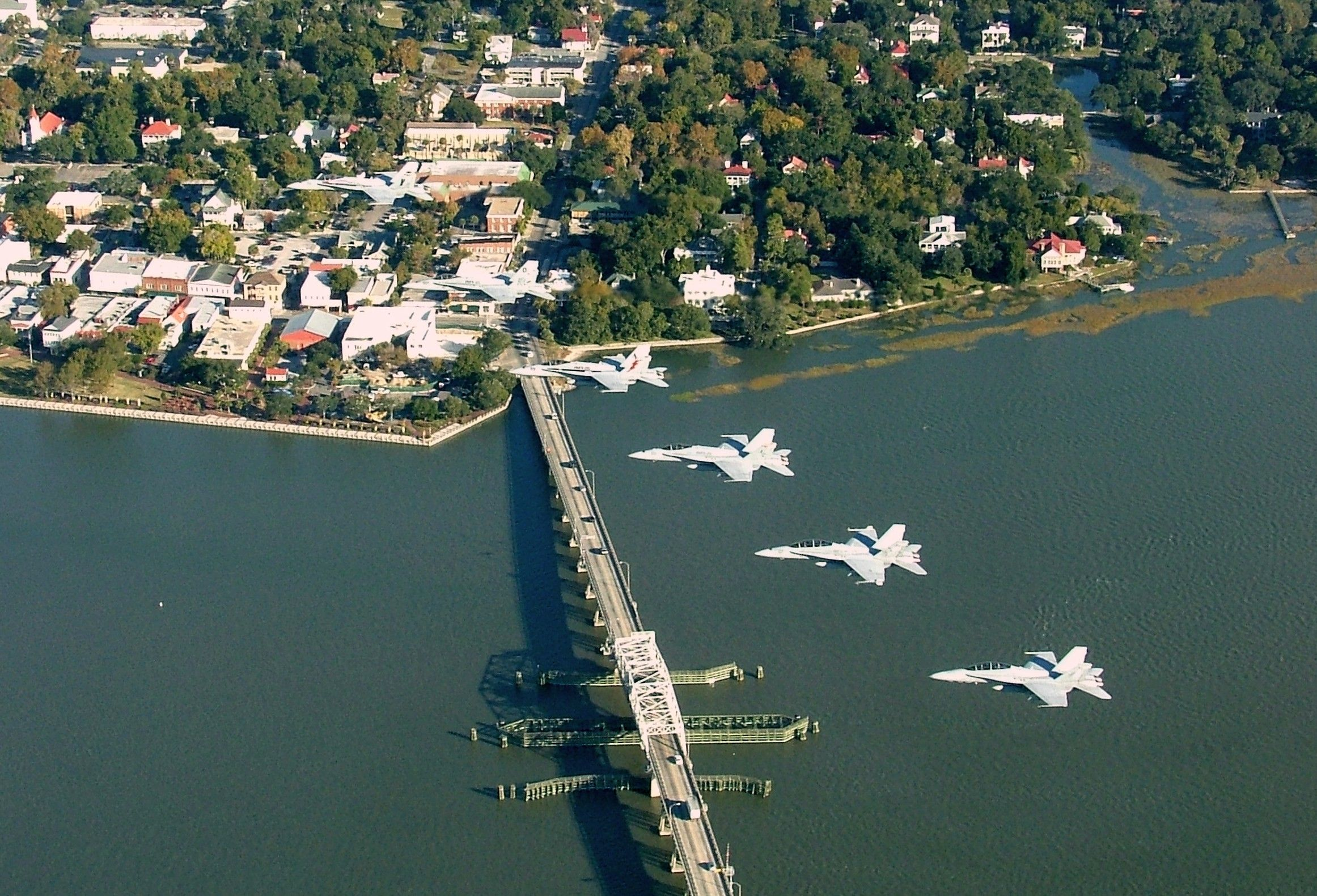 Mcas Beaufort Jets Fly Over Downtown Beaufort Sc That Noise You Hear Is The Sound Of Freedom Marine Corps Beaufort Marine