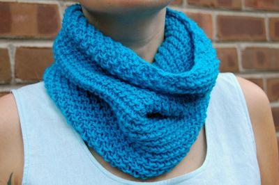 Easy to do on circular needles. | Knit crochet, Knitting ...