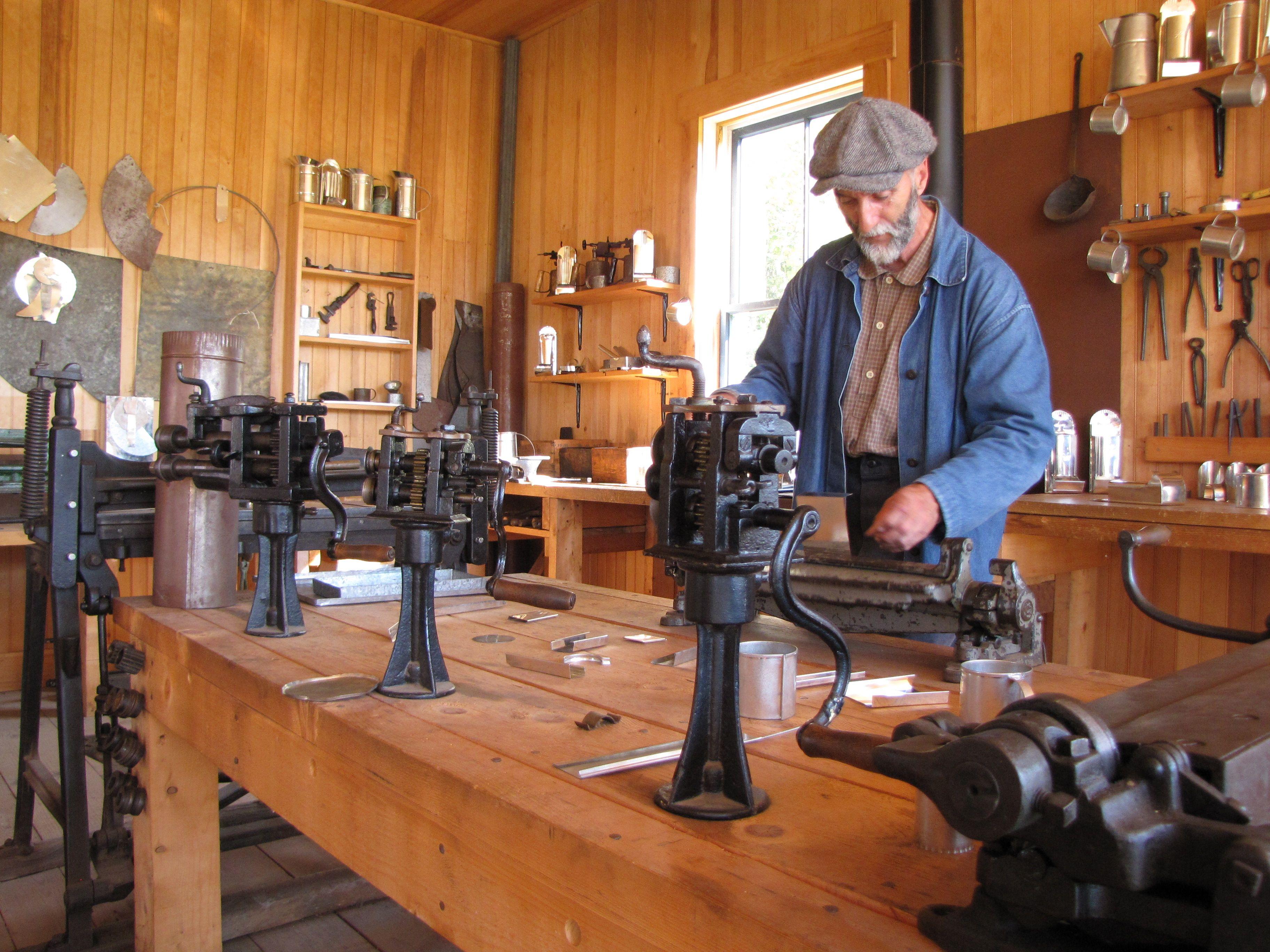 Http Www Villagehistoriqueacadien Com Sites Default Files Village Historique Acadien Bois 1 Jpg Living History History Tin Man