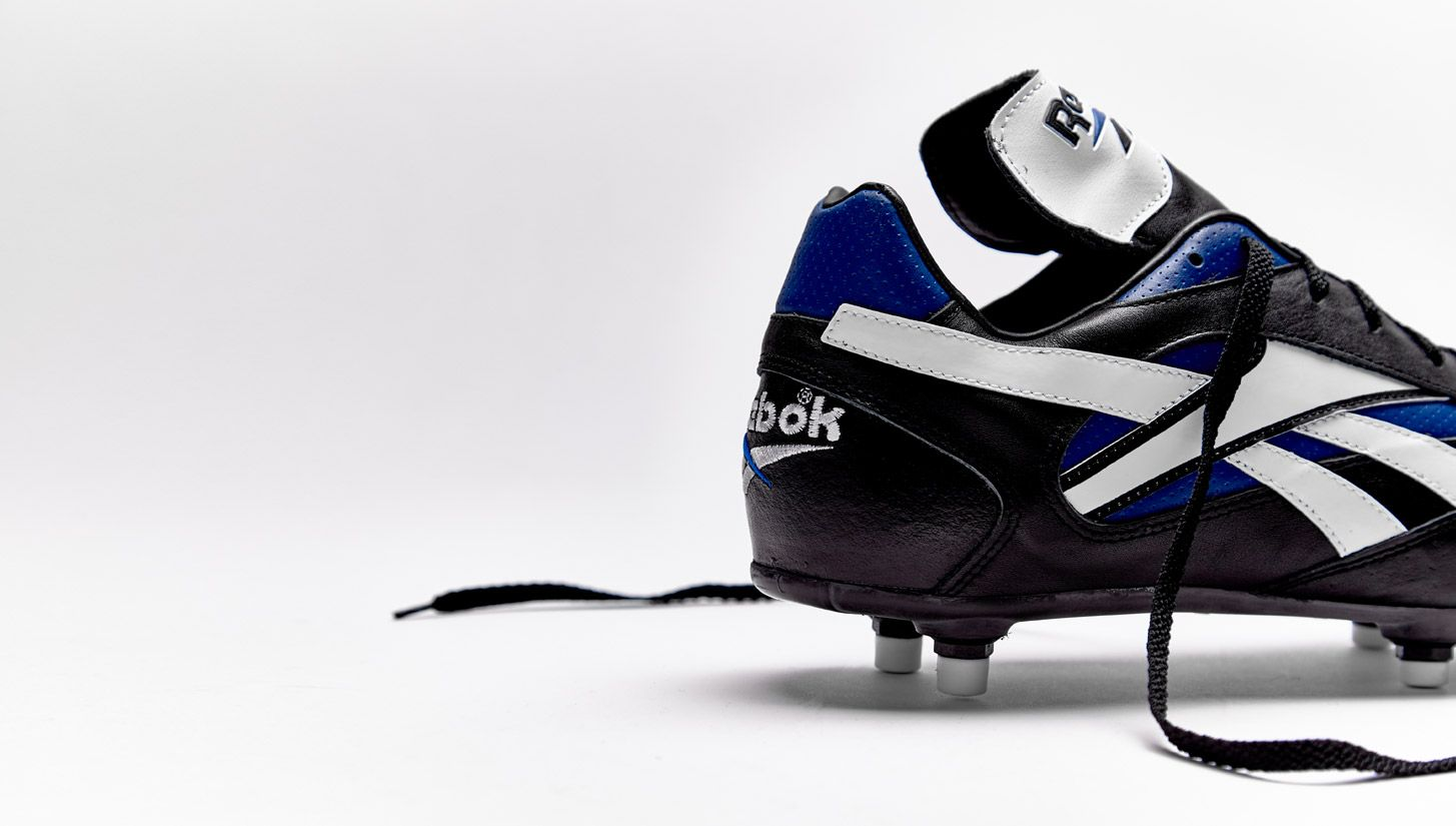 innovative design ef3f4 45d9a Throwback   Reebok 1995 Bergkamp Pro RS Soccer Gear, Soccer Shoes, Soccer  Cleats,