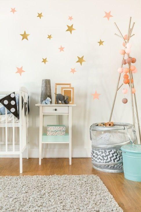 Roze Muurdecoratie Kinderkamer.Muurstickers Kinderkamer Sterren Goud Roze Van Pom Pom Le