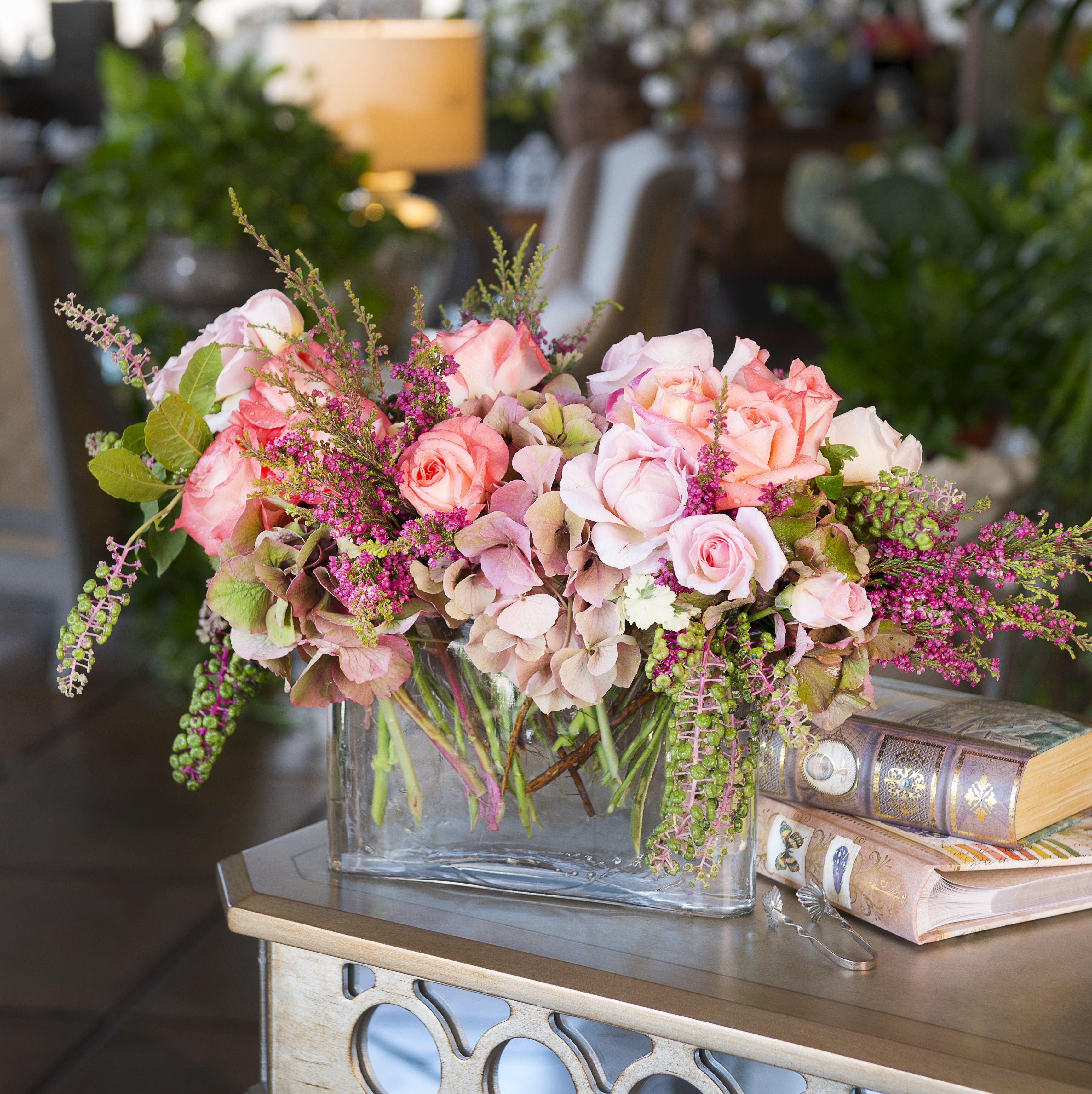 Beautiful Flower Arrangements For Weddings