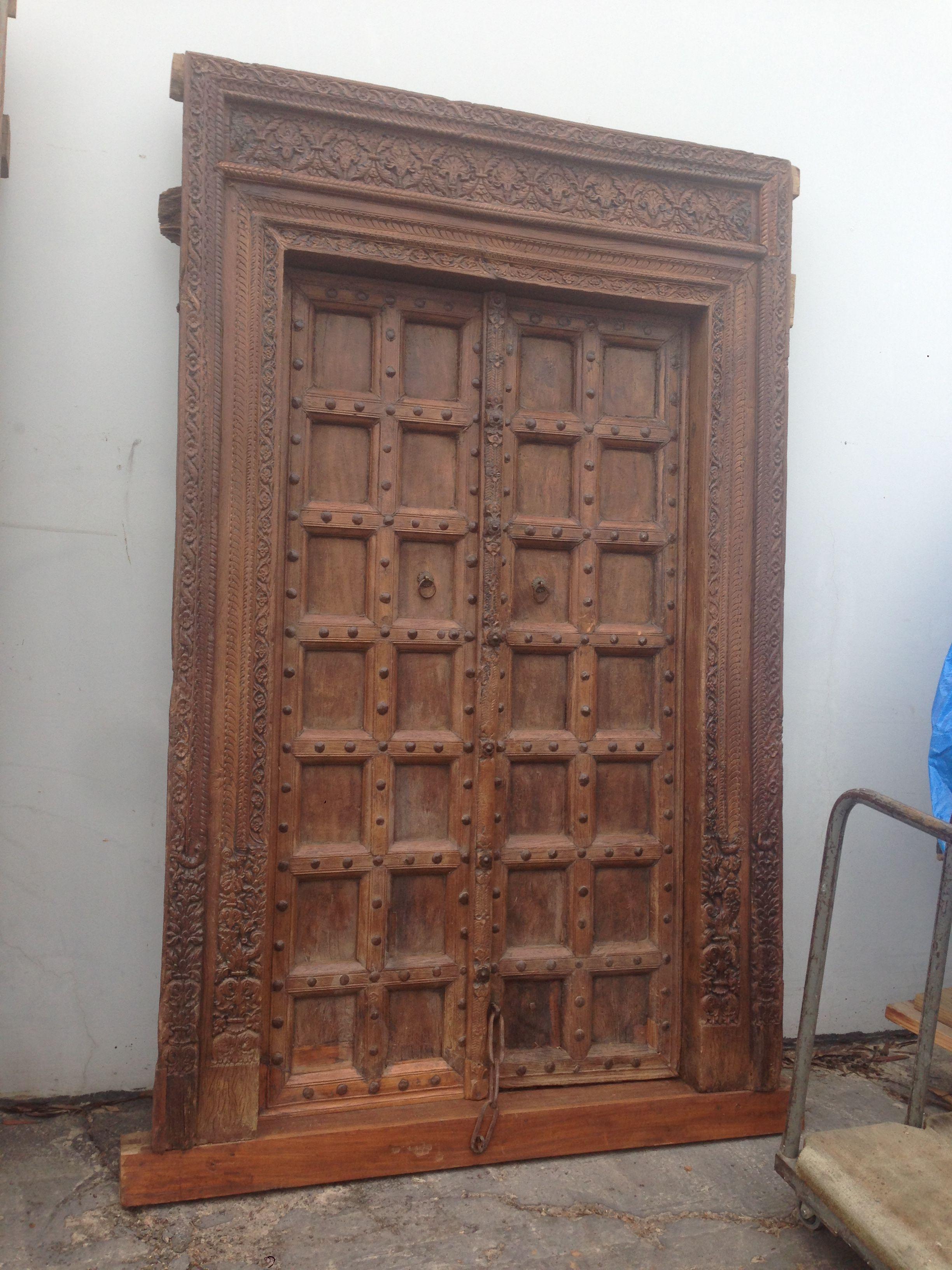 Rustic Wood Doors How To Antique Wood Rustic Wood Doors Wood Doors