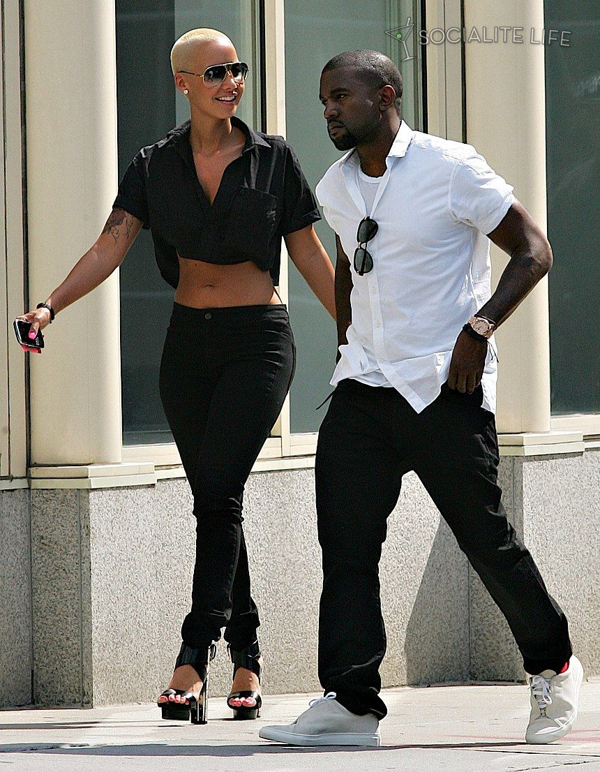 Kanye West Walkin On Page 1 Filetraffic Net Kanye And Amber Rose Amber Rose Amber Rose Kanye West