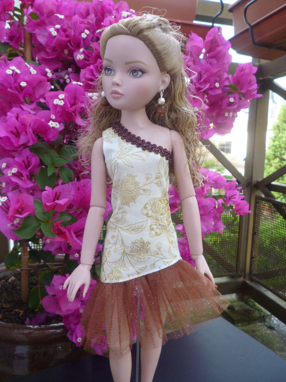 Blonde barbie pink dress  Ruffle Dress and matching earrings for doll Ellowyne Wilde  Wilde