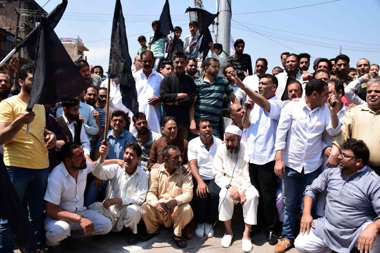 A Complete Shutdown Is Being Observed In Downtown Srinagar On Saturday To Protest The Use Of Force On Protesters In Nowhatta Area Ye Srinagar Downtown Pictures