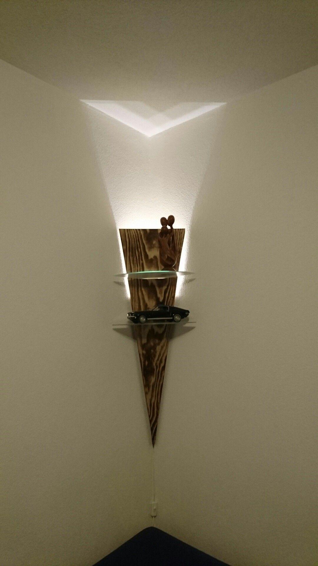 Selbstgemachte Ecklampe Mit Glasboden Diy Mobel Holz Lampe Heizkorper Regal