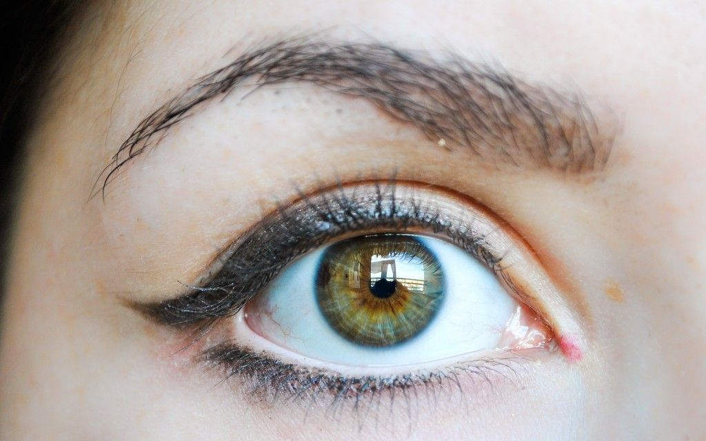 Eyeliner For Round Eyes Protruding Eyes Makeup Pinterest