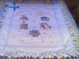 CANTINHO DE ARTESANATO: Manta de bebê em ponto cruz