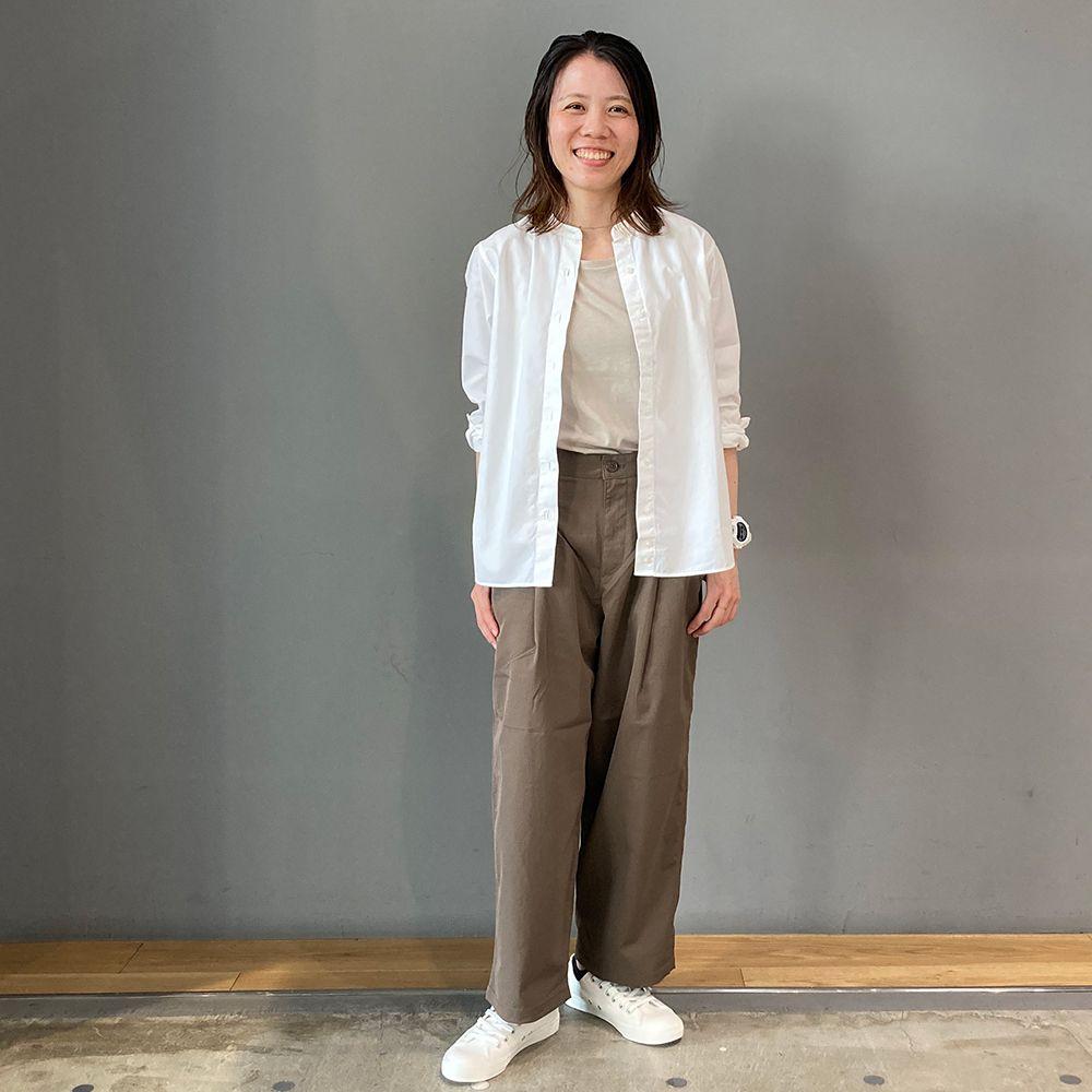 0916 婦人 スタンドカラーシャツ 初秋のシャツスタイリング | スタイリング事例集 | MUJI 無印良品