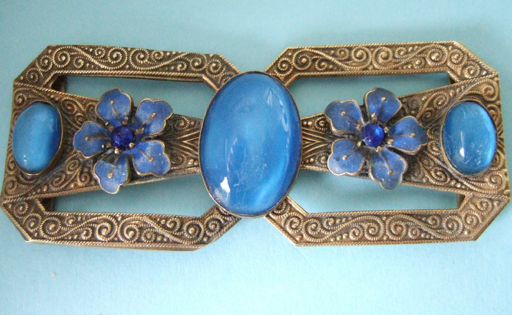 BEAUTIFUL ENGRAVED BRASS & ENAMEL BELT BUCKLE WITH GLASS CATS EYE CABOCHONS ETC.