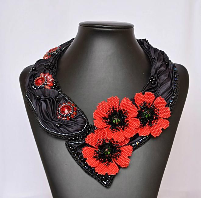 Fotopostup výroby hodvábneho náhrdelníka s kvietkami divých makov / charoit » SAShE.sk - slovenský handmade dizajn