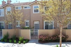 Palisades 3 Bedroom Townhome For Rent In Stevenson Ranch 25712 Holiday Circle D Stevenson Ranch Townhouse House Styles