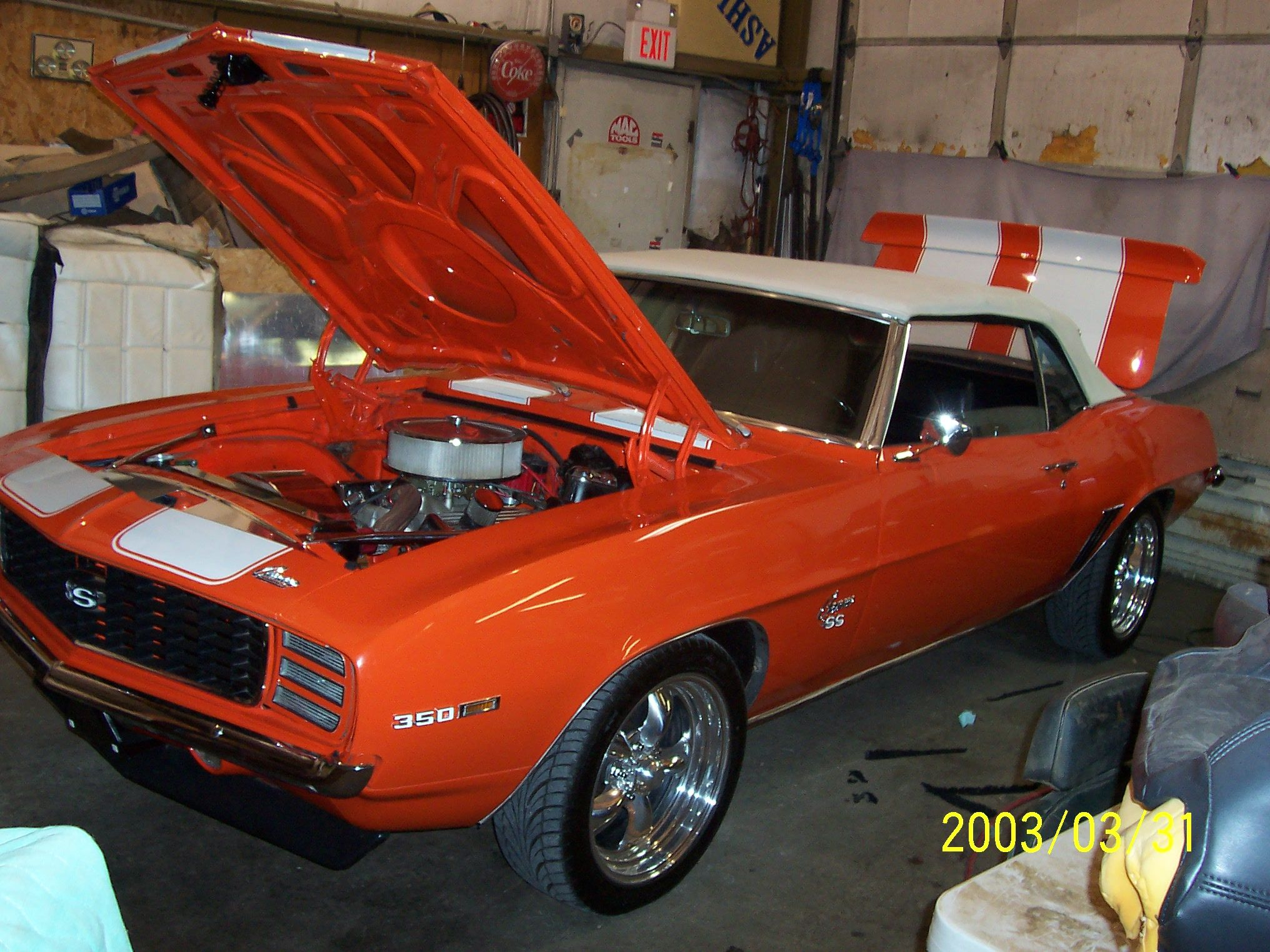 Classic muscle car restoration, engine, paint, upholstery ...