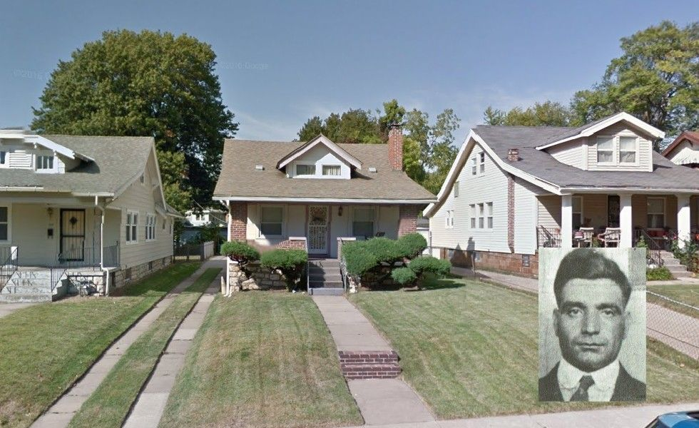Frank La Rocca Kansas City Mo An Influential Member Of The Mafia And Receives A Share Of The Proceeds From All Of The Illici Mafia Crime Family House Styles