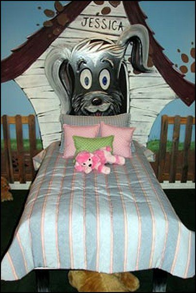 Disney Themed Bedrooms Bedroom Themes Decor Ideas Dog