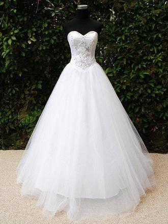 Prinzessinnenkleid weiß 36-40 Tüllrock / Pailletten 30 Euro / Woche + 4,99 Versand Größe: 36-40