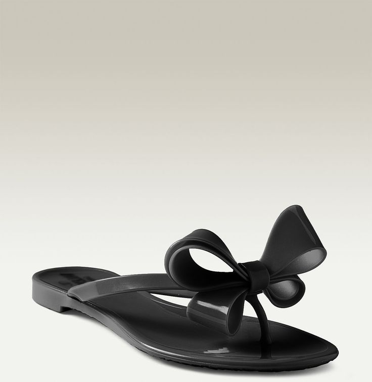 ca816ea10a088 Valentino Couture Bow Thong Sandal collection (1)