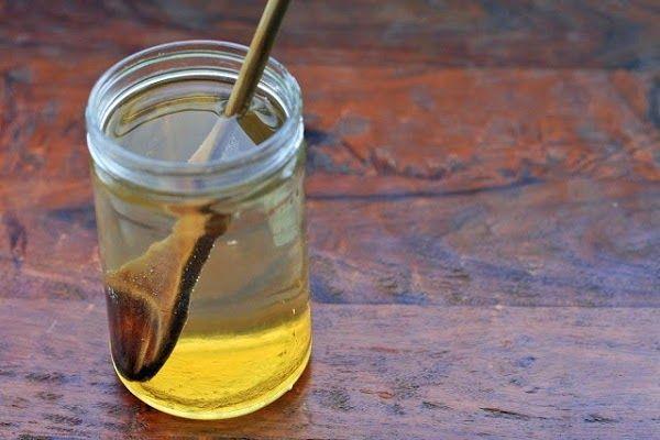 pourquoi boire de l 39 eau au miel jeun appearence. Black Bedroom Furniture Sets. Home Design Ideas