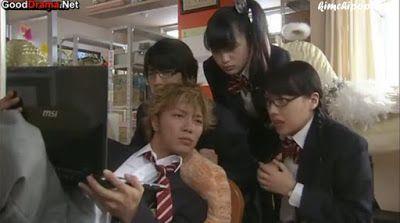 "http://kimchipopcorn.blogspot.com.es/2015/06/yankee-kun-to-megane-chan-acoso-y.html ""Yankee-kun to Megane-chan"""