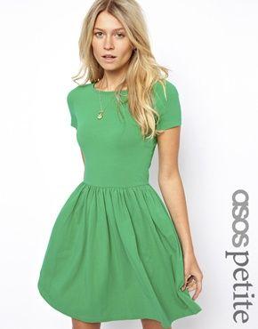 #vestido verde bonito donde los haya! InLove #moda #minivestido #asos
