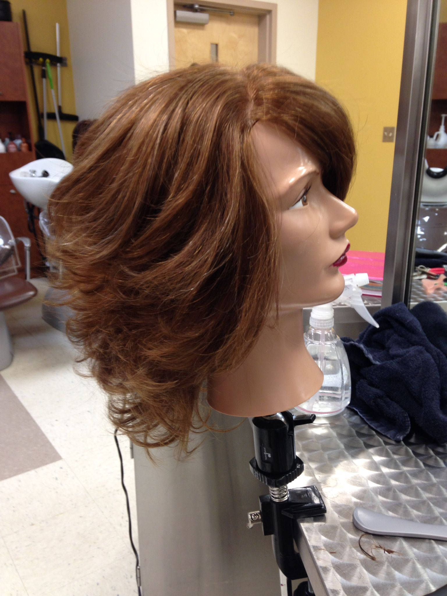 Round Brush Blow Dry Style Blowdry Styles Blow Dry Hair