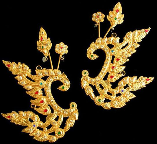 Pair Womens Gold EARRINGS Thai Dancer COSTUME Cultural Theater