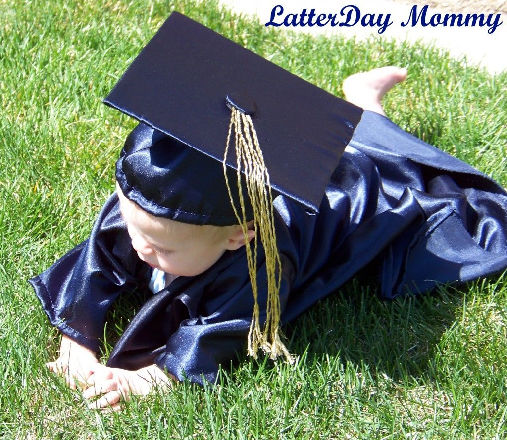 How To Make a Baby Graduation Cap and Gown | DIY | Pinterest | Cap ...