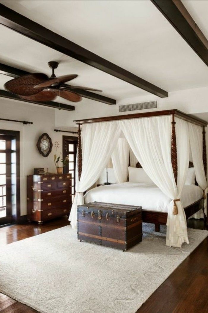 int rieur classic et tr s chic l 39 aide de meuble colonial d coration interieure. Black Bedroom Furniture Sets. Home Design Ideas