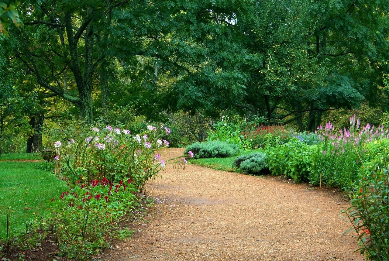 Photo of 12 Amazing Garden Path Ideas To Consider