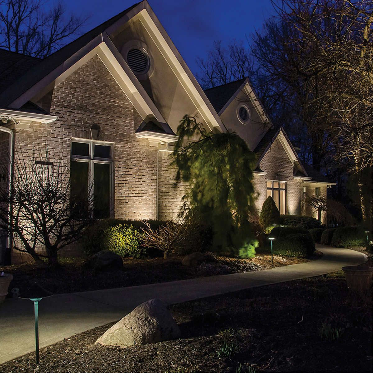 VOLT Landscape Lighting 9-piece Path & Area Light Brass LED Starter Kit