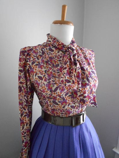 Flirty 1950s 1960s Atomic Floral Rose Button Down Long Sleeve Blouse w Ascot Tie Neck by bluebarnvintage on Etsy