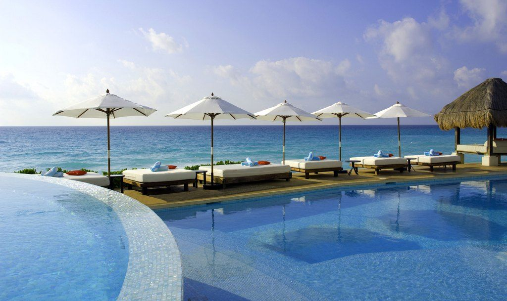 2013 Spring Break Trips: ME Cancun Resort