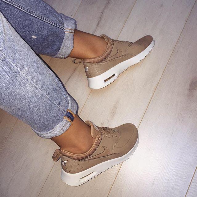 pinterest: @ Vanessa De Araujo † | Zapatos nike, Zapatos