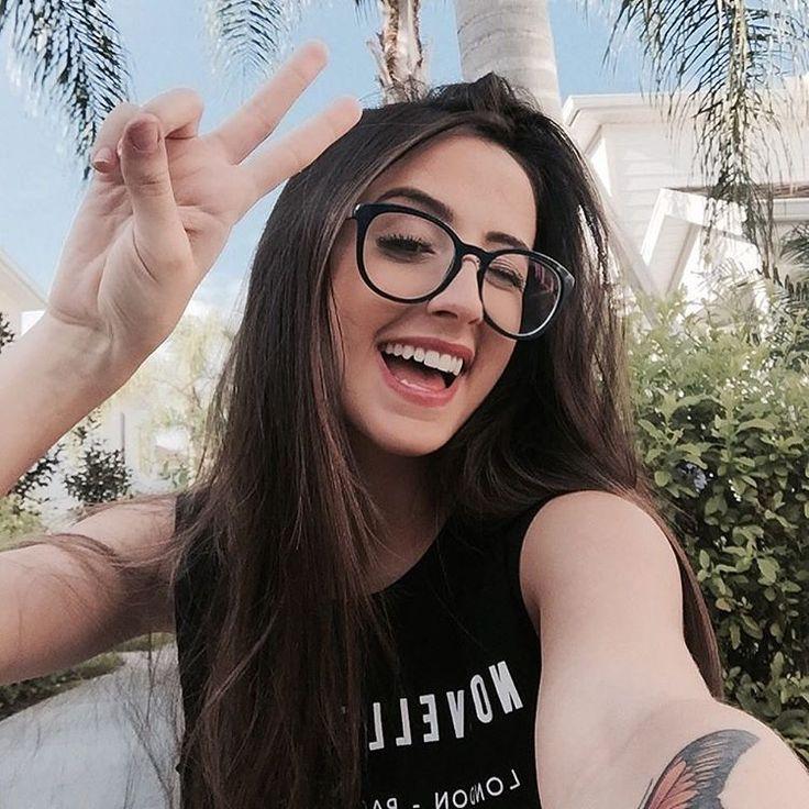 509c736b5 ♕@maduribas_♕ | Tumblr | Meninas de óculos, Oculos de grau tumblr ...
