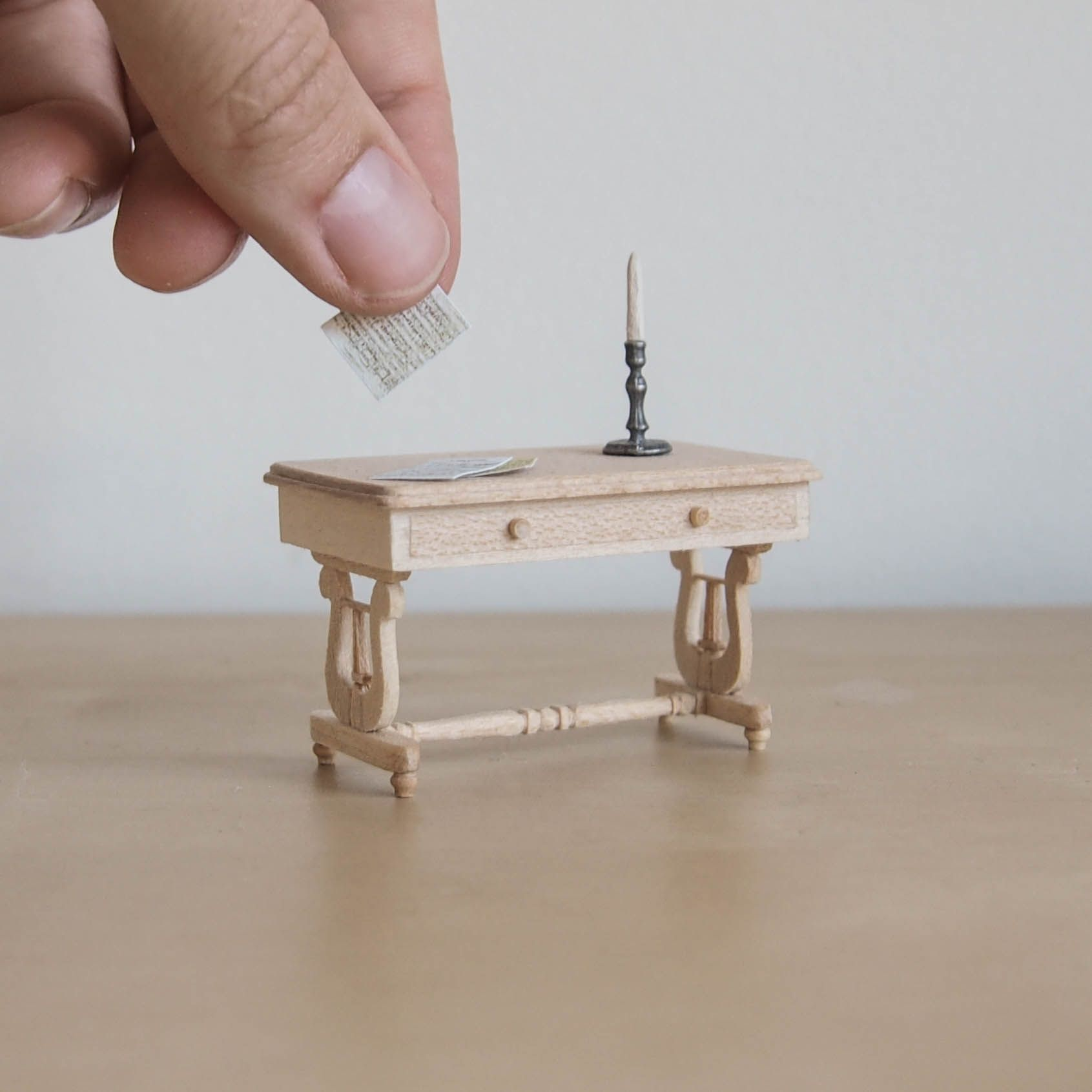 How Itu0027s Made: A Colonial Style Lyre Table