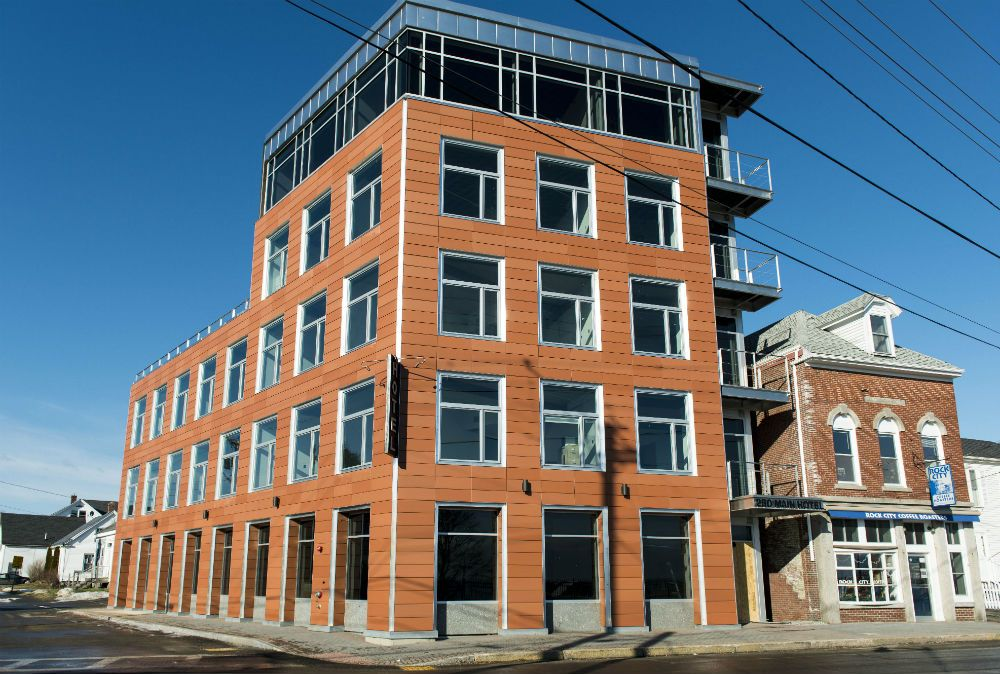 Rockland Maine 250 Main Is A 26 Room Boutique Hotel Overlooking