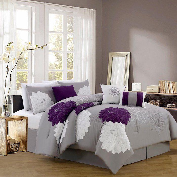 Welche Farbe Passt Zu Lila, Grau Violettes Zimmerdesign, Schlafzimmer Idee,  Ruhig Schlafen In