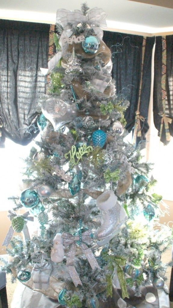 turquoise lime green christmas tree christmas trees flocked christmas trees christmas. Black Bedroom Furniture Sets. Home Design Ideas